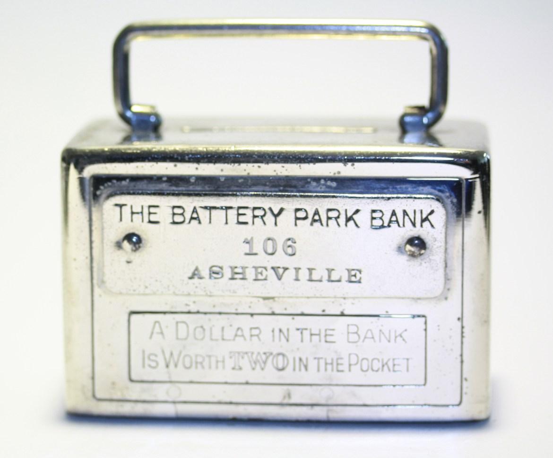 T 'sBattery Park Bank.jpg