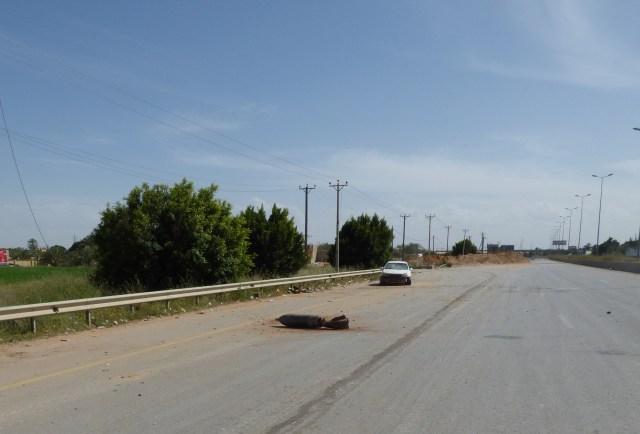 Missile inesploso sulla Strada dell'areoporto