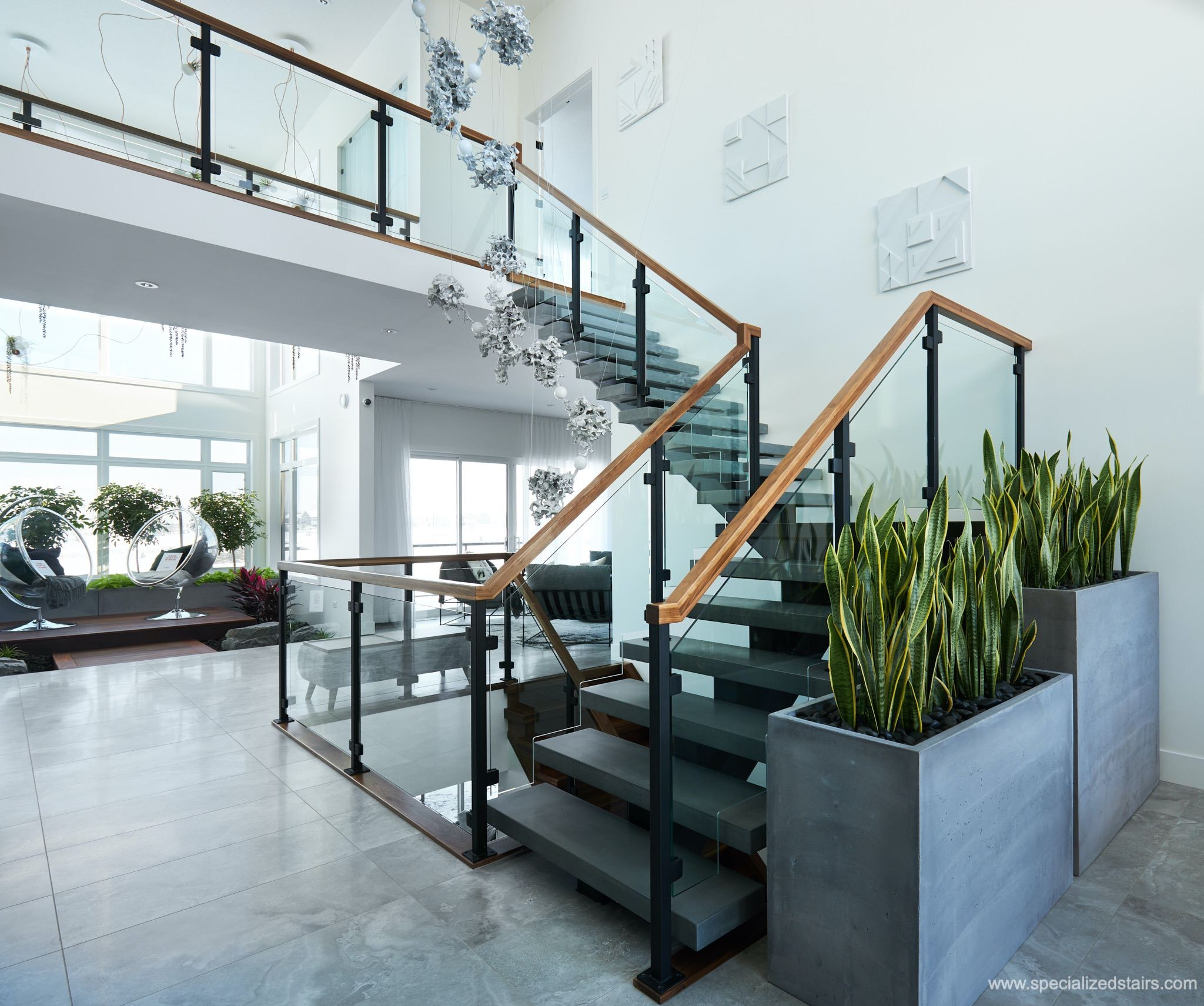 What Are Mono Stringer Stairs Specialized Stair Rail Edmonton | Wood Mono Stringer Stairs | Central | Arch | Hardwood | Glass | Timber