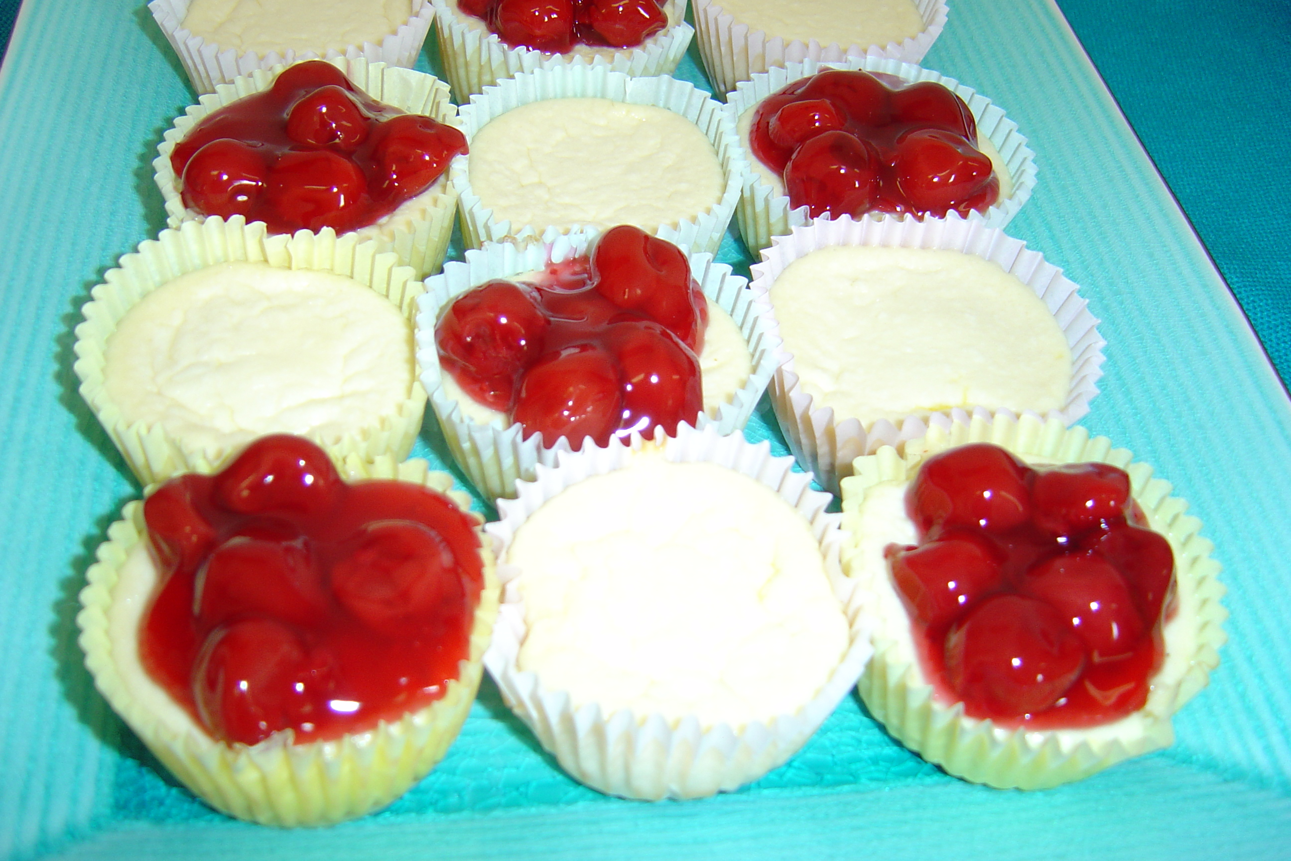 Close-up of the mini cheesecakes