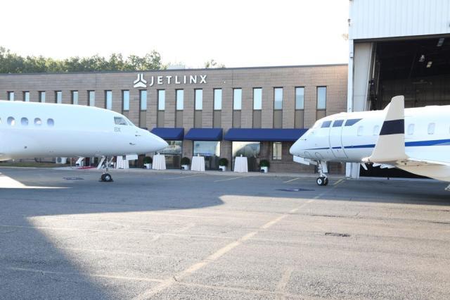 Jet Linx New York Teteroboro Airport