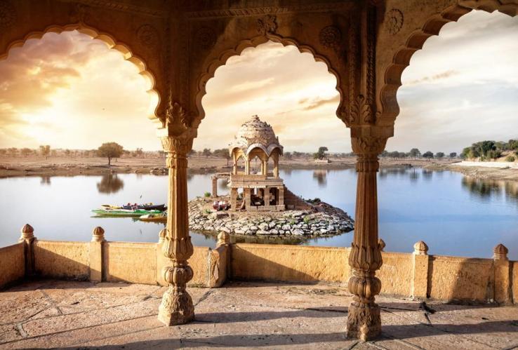 Temple sur l'eau en Inde