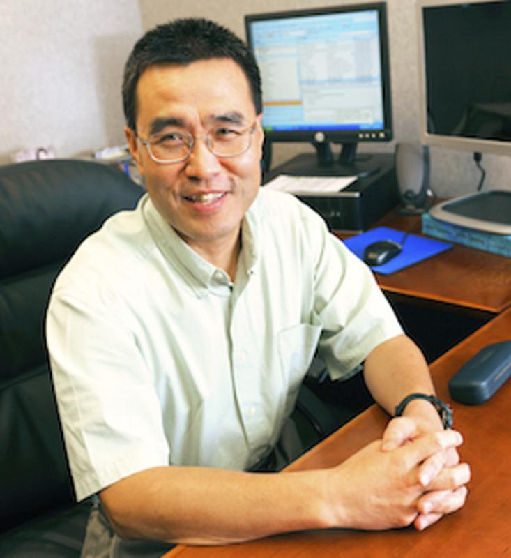 Dr. Rong Zhang, director of the Cerebrovascular Laboratory in the Institute for Exercise and Environmental Medicine (IEEM) at Texas Health Presbyterian Hospital Dallas.