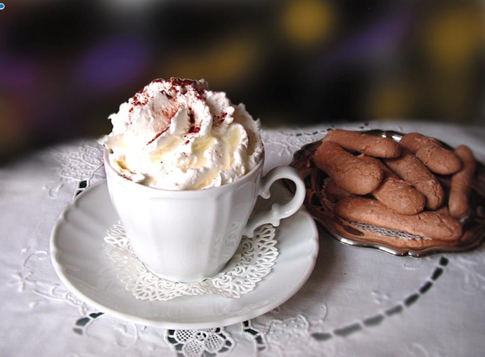 Hot chocolate at the caffè.