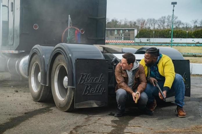 Mark Wahlberg and Winston Duke star in ″ Spenser Confidential ″