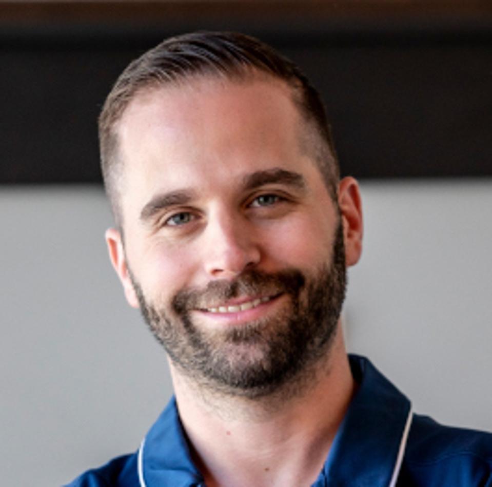 Headshot of Chad Bronstein