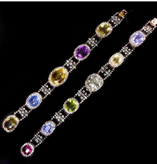 bracelet/necklaces