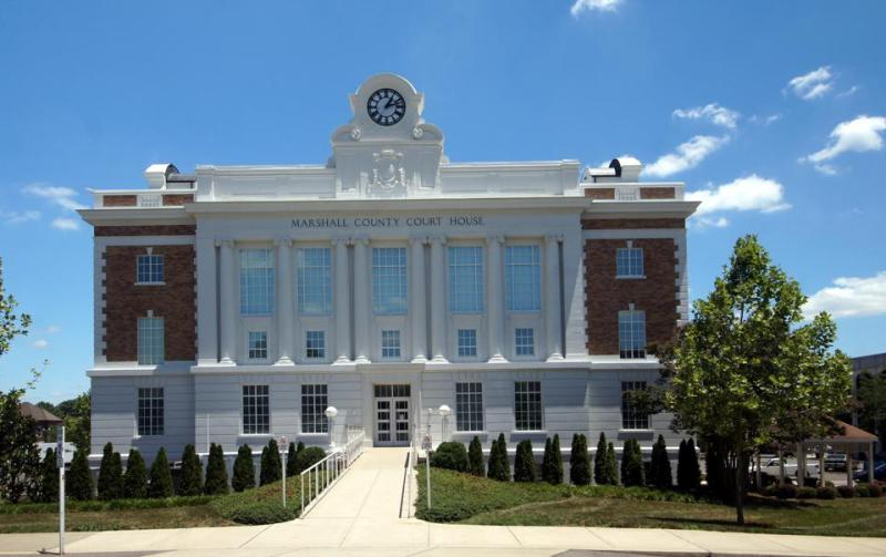 Marshall County Courthouse (TN)  2/2