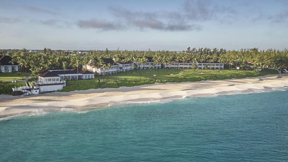 El exterior del Ocean Club Resort.
