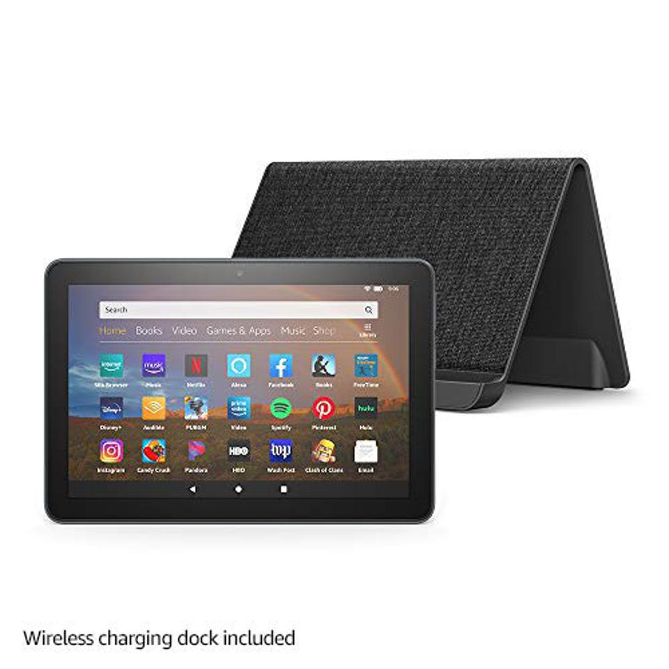 Fire HD 8 Plus 32 GB tablet with wireless charging station