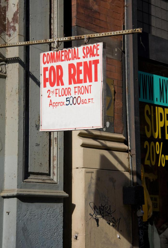 sign commercial space for rent