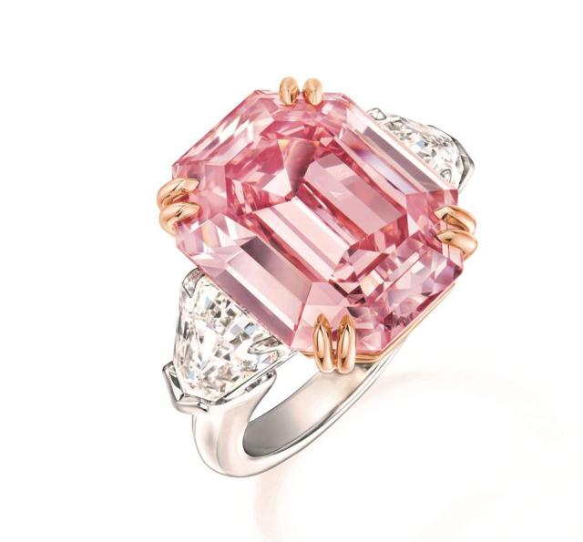 The 'Winston Pink Legacy' ring centered with an 18.96-carat fancy vivid pink diamond