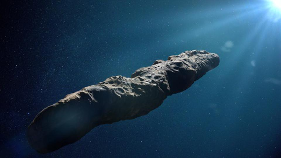 Oumuamua comet, interstellar object passing through the Solar System, unusual shaped asteroid