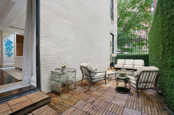 outdoor patio terrace at 625 Park Avenue, Apt 1A-D