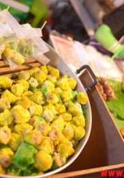 Visiter Talad Rot Fai Market à Bangkok 32-min
