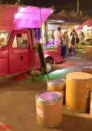 Visiter Neon Market à Bangkok – Marché de nuit 2-min