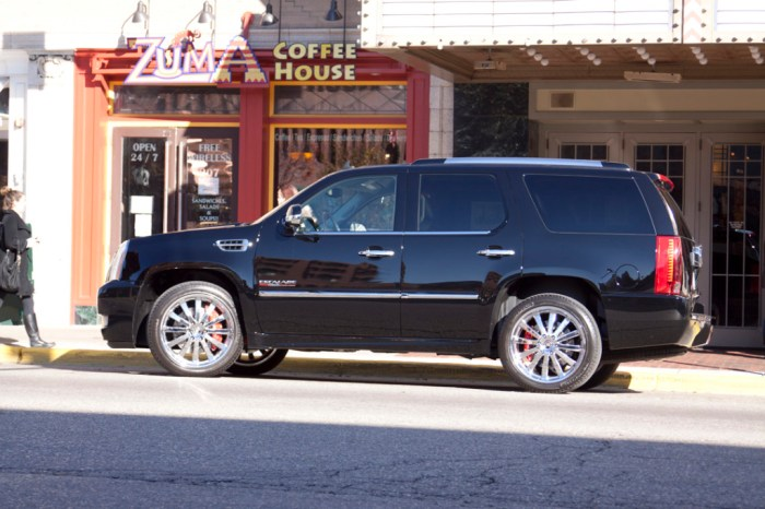 Escalade Gallery Pic 12