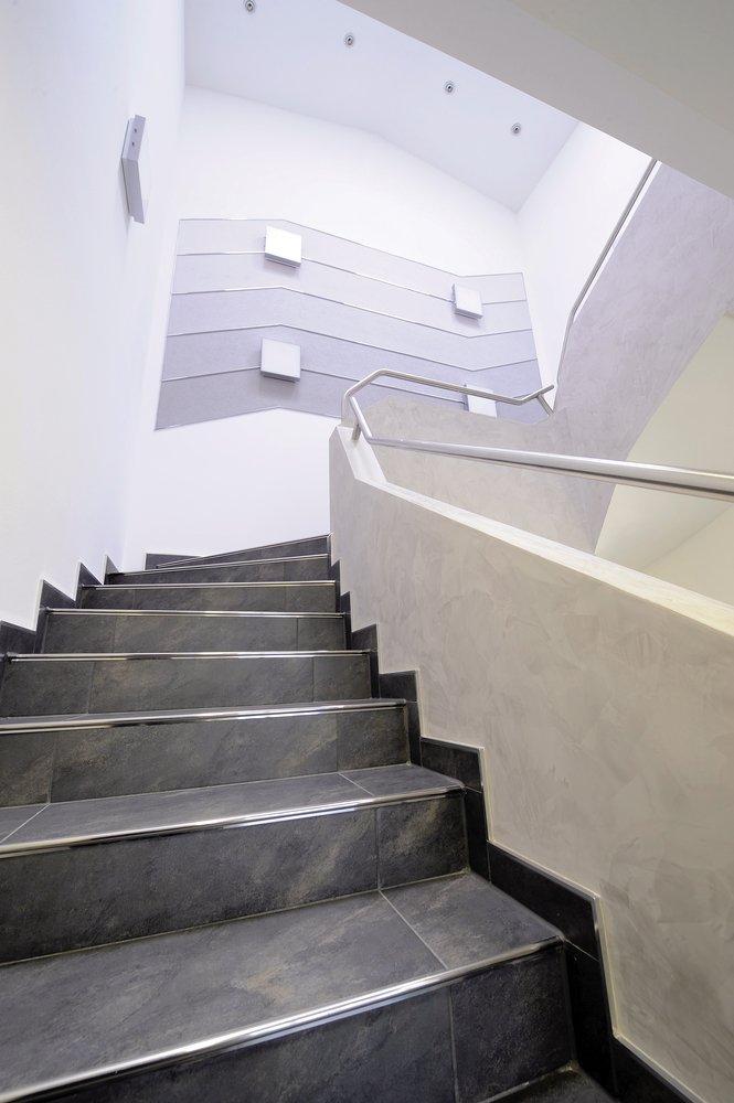 Step nosing profiles and inserts from dural uk ltd for Profili per gradini in acciaio