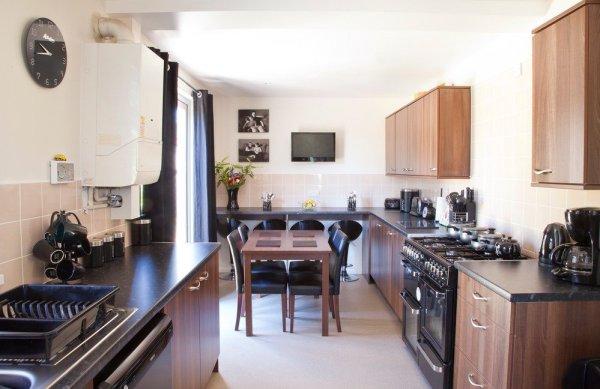 001-kitchen-pchjuly25th-6