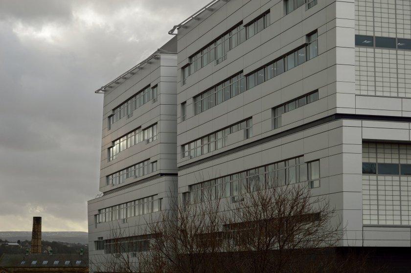 Hunter Douglas contribute to BREEAM rated college building in Huddersfield