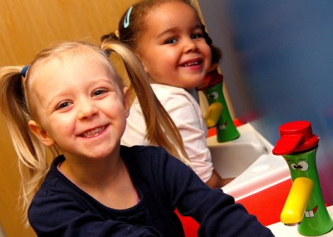 Inta Kindergarten taps (l) Isla Paton (3) ® Xanthe Gowodo (4) pic1