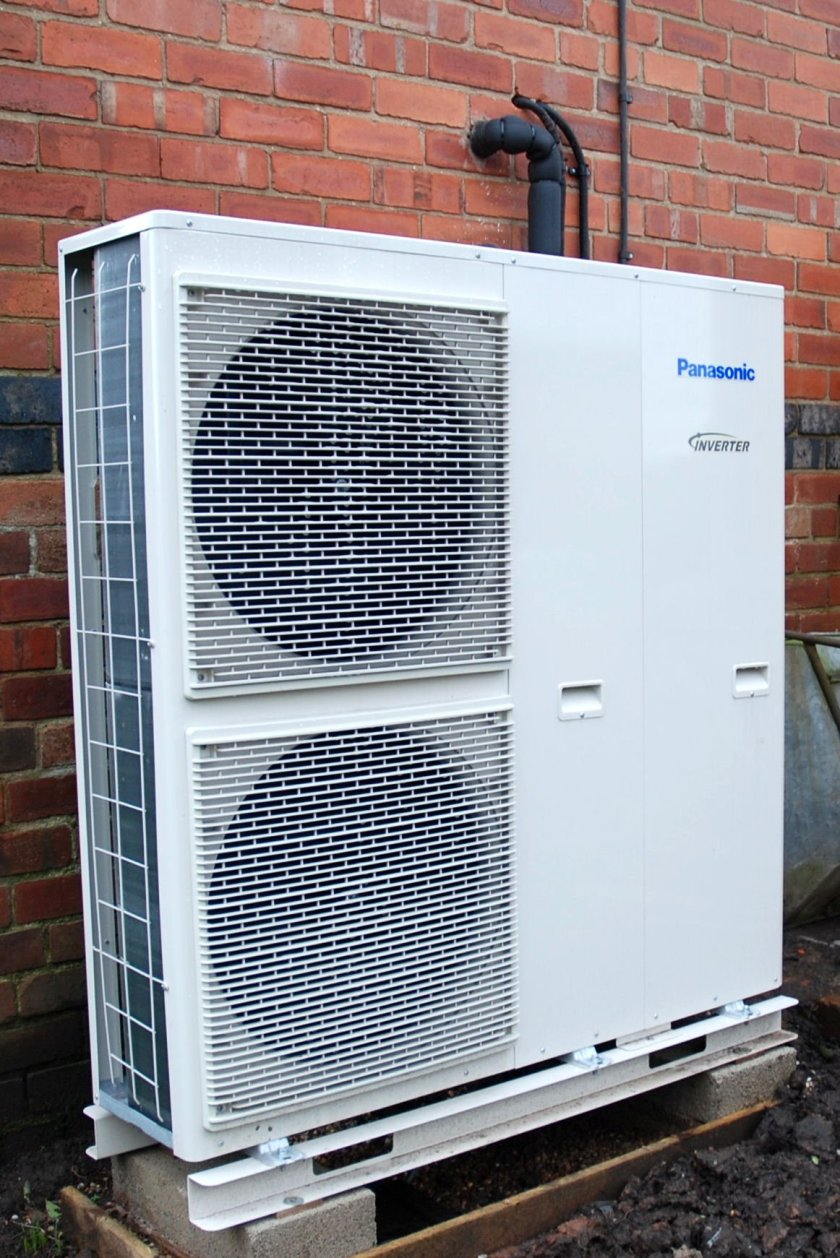 Panasonic air source heat pumps provide savings in South Derbyshire