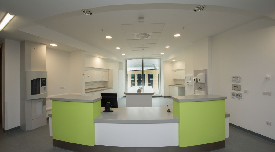 ROCKFON make a healthy contribution to BREEAM 'excellent' Southmead Hospital 14