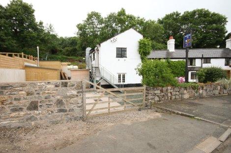 Glyn-Yr-Afon-Inn-1July13-6524