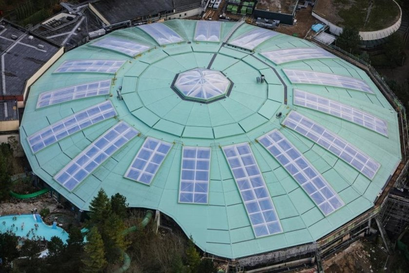 Impressive Center Parcs roof refurb completed with zero guest distruption