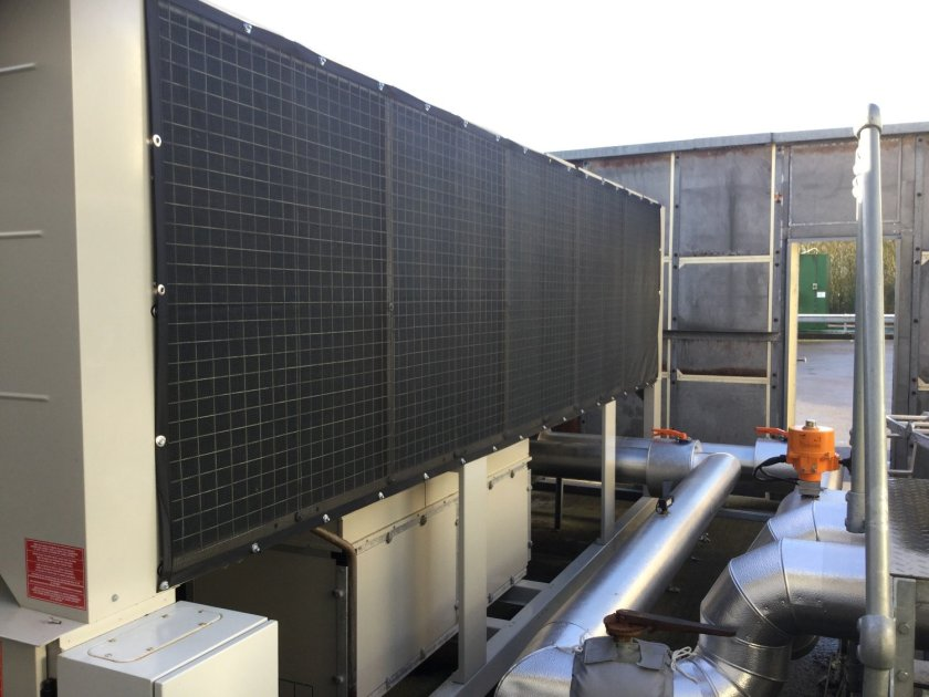 Air intake screens protect data centre's chillers from damage