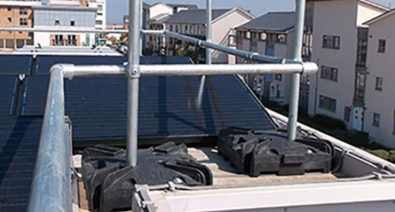 Edge protection for limited roof space