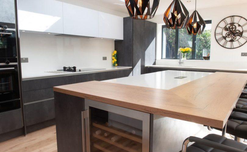 KitcheninPuttyConcrete Graphite,White Matt& Vintage Oak:furniturefrom theUrban CollectionbyBrandt Design