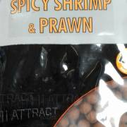 Dynamite Baits Hi Attract Spicy Shrimp & Prawn Shelf life Boilies 15mm 1kg