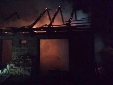На Дубенщині в Старій Миколаївці вщент згоріла будівля