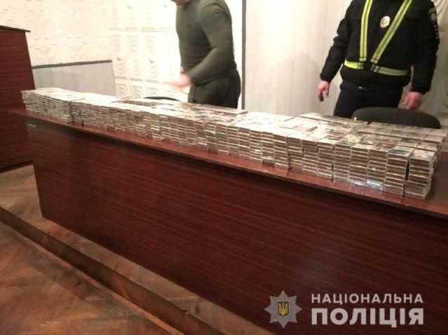 Поліція Рівненщини викрила контрабандну партію сигарет