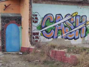 9-класники просять у Рівнеради стіну під графіті