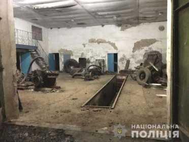 На Рівненщині оперативники впіймали крадія металу на гарячому