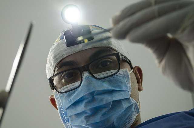 У Рівному працює невідкладна стоматологічна допомога