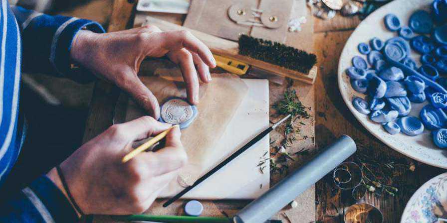 clay crafts design desk work hobby