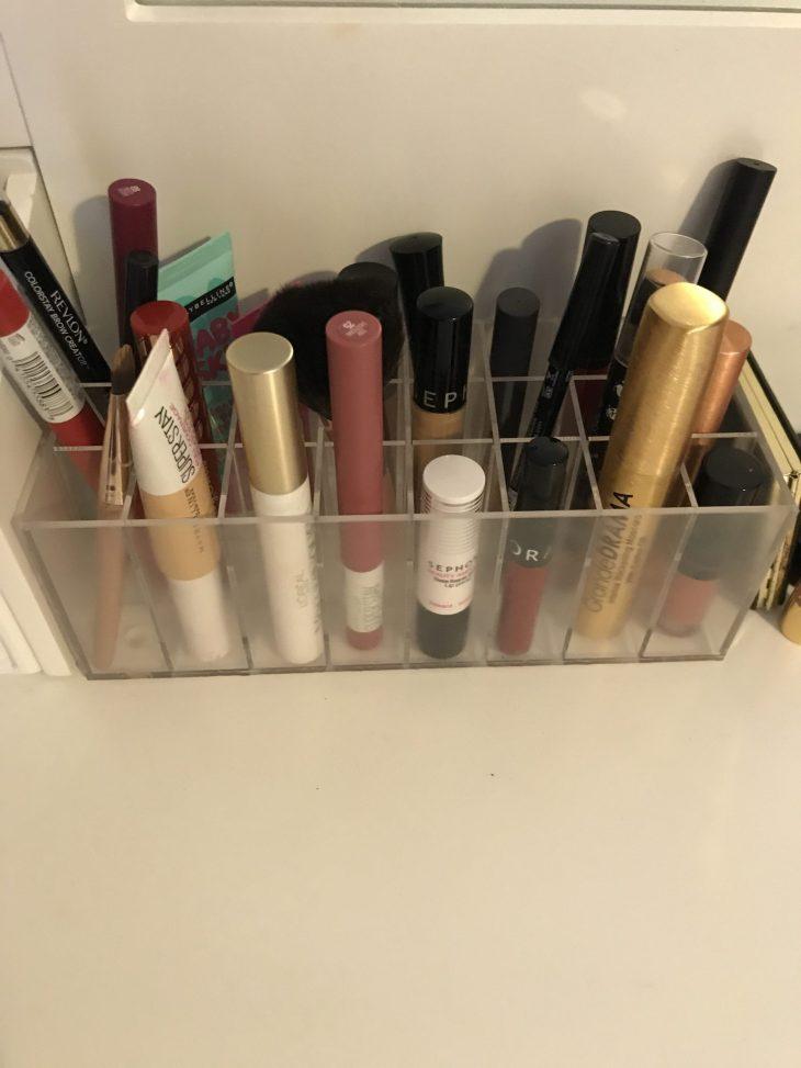 24 compartment lip gloss organizer