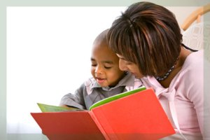 reading_mother_son2