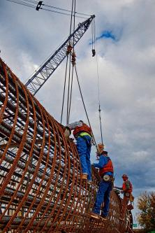 Ironworkers from Local 70 preparing rigging on a caisson for the Ohio River Bridges Project in Louisville KY