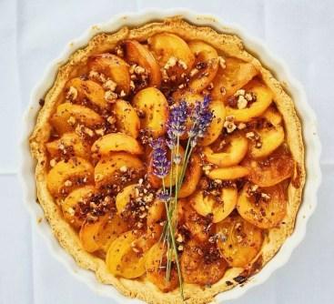 Provenzalische Aprikosen-Tarte mit Lavendelduft