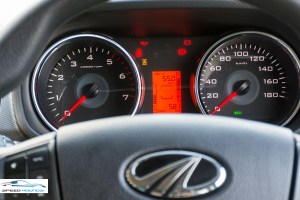 Mahindra TUV300 Plus Review Instrument Cluster