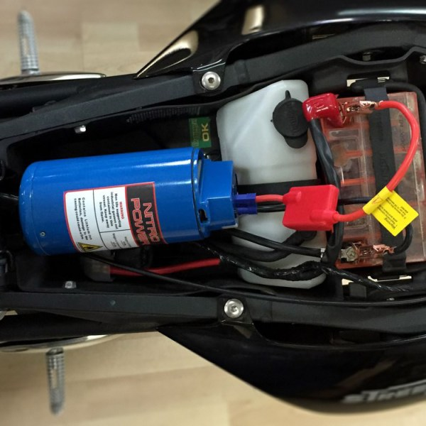 Nitrous Power Jump Starter and USB Power Supply Mounted 02