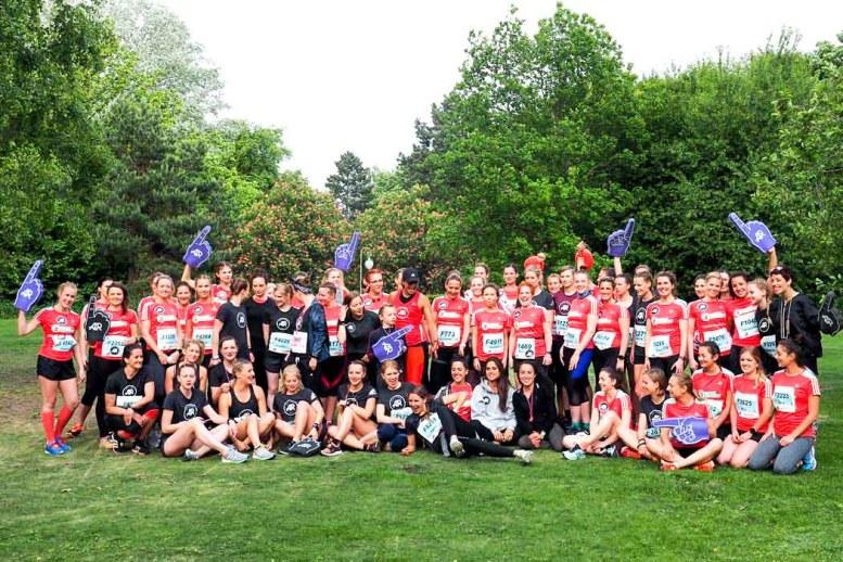 AVON-Frauenlauf-2017-Gruppe