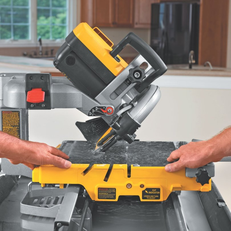 Cutting tile with wet tile saw
