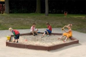 Rubber zandbakprofiel 100 x 30 x 15 cm.
