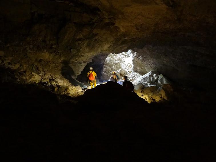 Sortie de la grotte de Bournillon