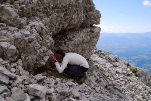 pozorovanie jaskynnych sedimentov,tieto su bez sludy